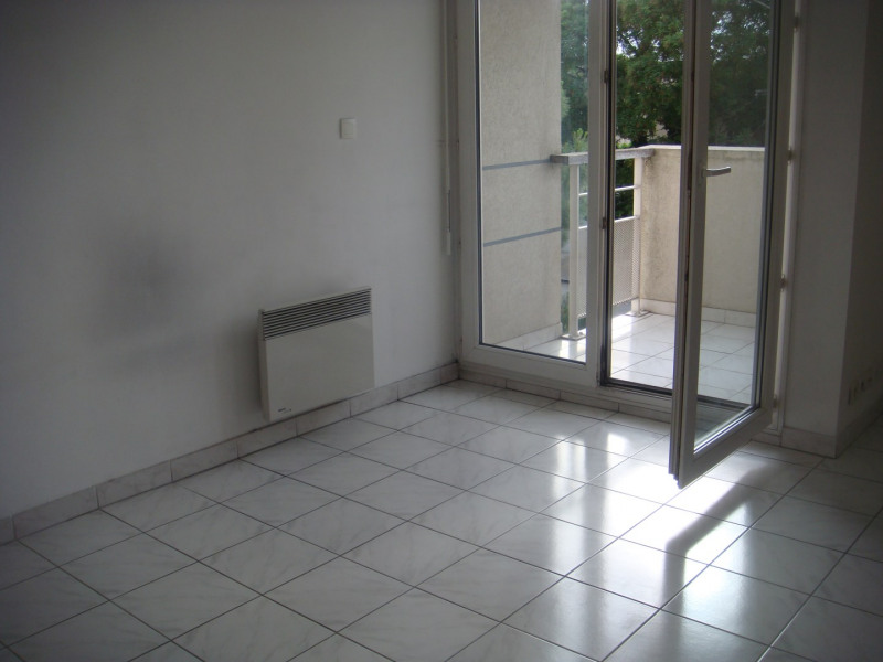 Location appartement Aix-en-provence 542€ CC - Photo 2