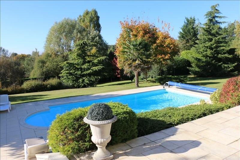 Deluxe sale house / villa Feucherolles 1370000€ - Picture 2