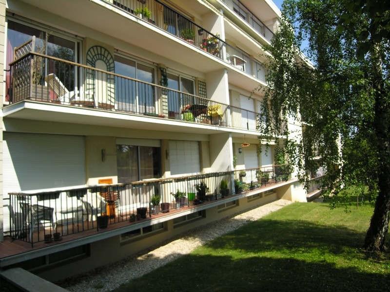 Location appartement Chambourcy 1350€ CC - Photo 1