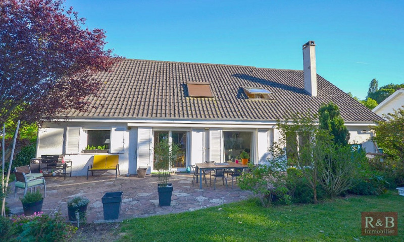 Vente maison / villa Plaisir 530000€ - Photo 1