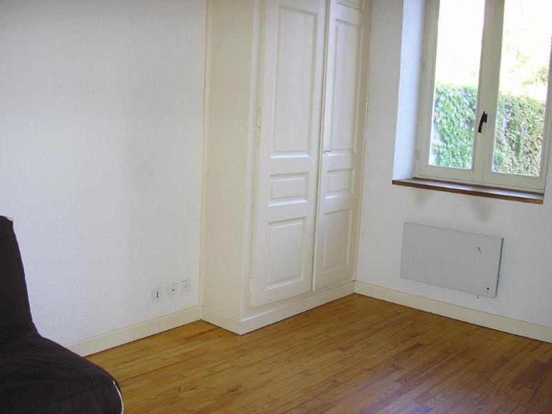 Location appartement Nantua 226€ CC - Photo 1