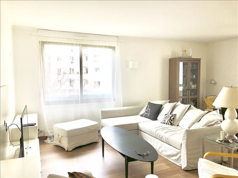 Rental apartment Courbevoie 1 690€ CC - Picture 1