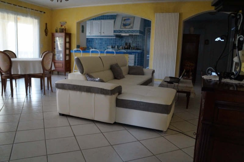 Vente maison / villa Belgentier 365 000€ - Photo 3