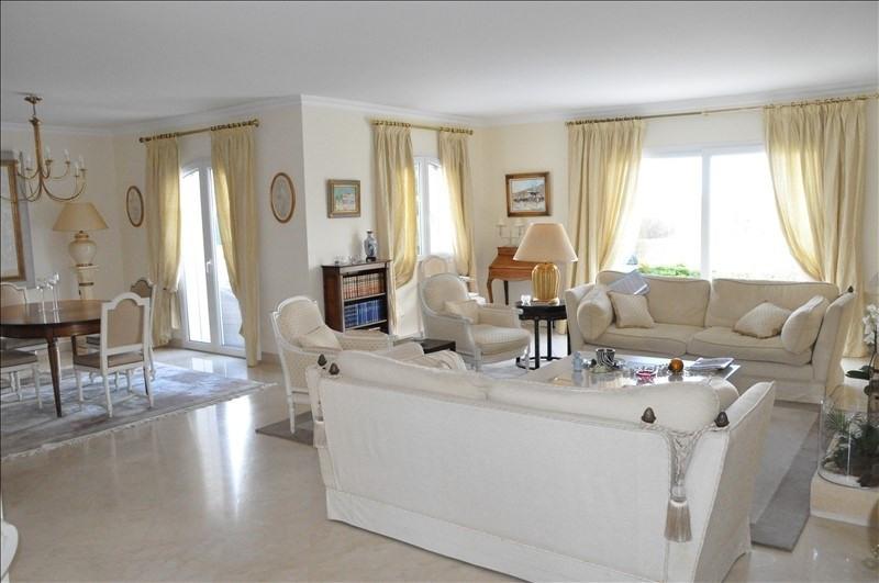 Deluxe sale house / villa Feucherolles 1370000€ - Picture 9