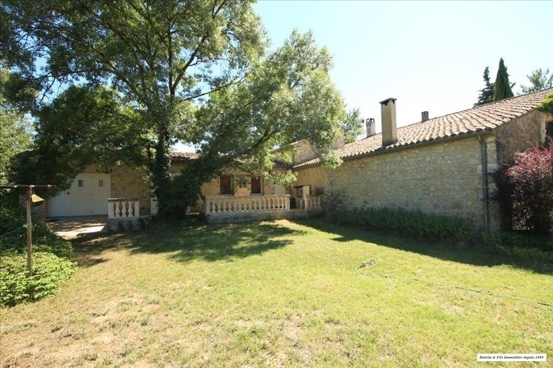Sale house / villa Uzes 477 750€ - Picture 1