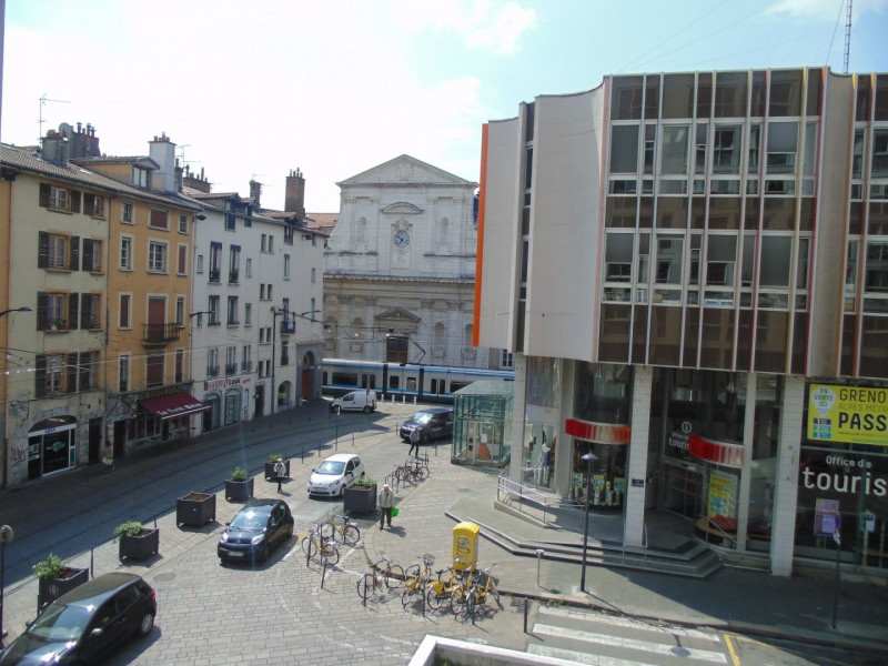 Sale apartment Grenoble 235 000€ - Picture 1