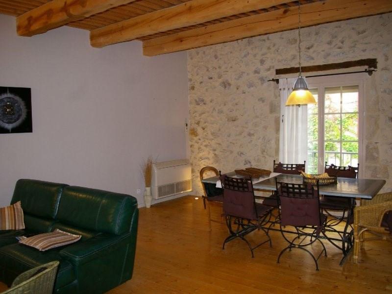 Vente maison / villa Aramon 250000€ - Photo 2