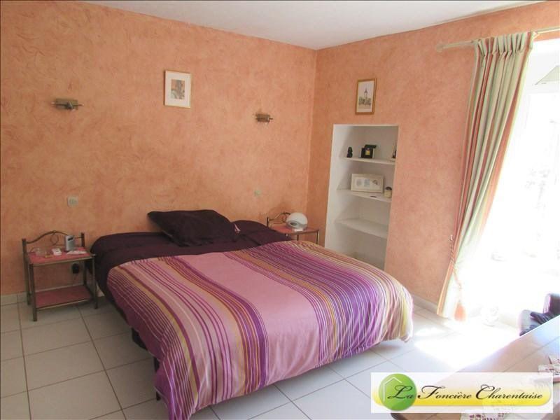 Vente maison / villa Villefagnan 328000€ - Photo 10