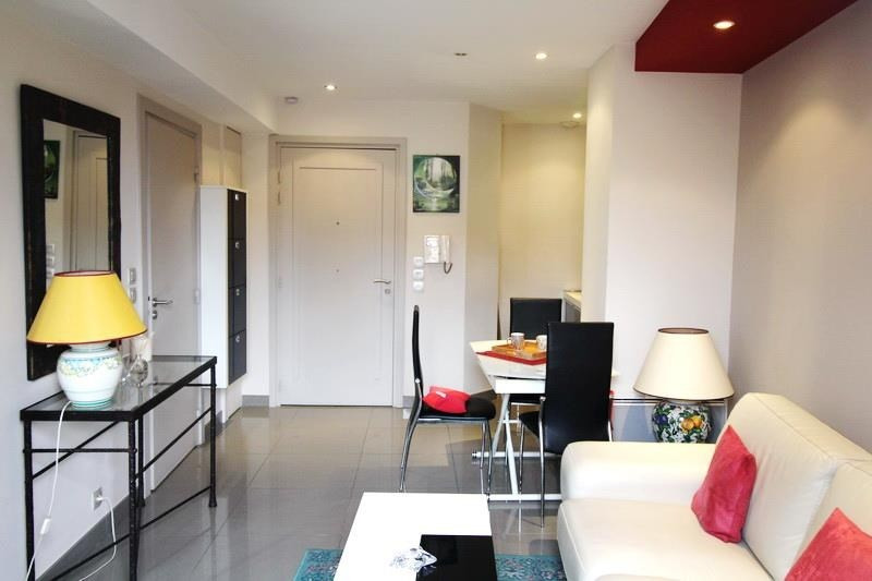 Vendita appartamento Nice 240000€ - Fotografia 2