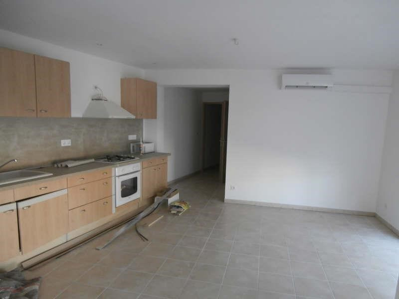 Rental apartment Valensole 760€ CC - Picture 2