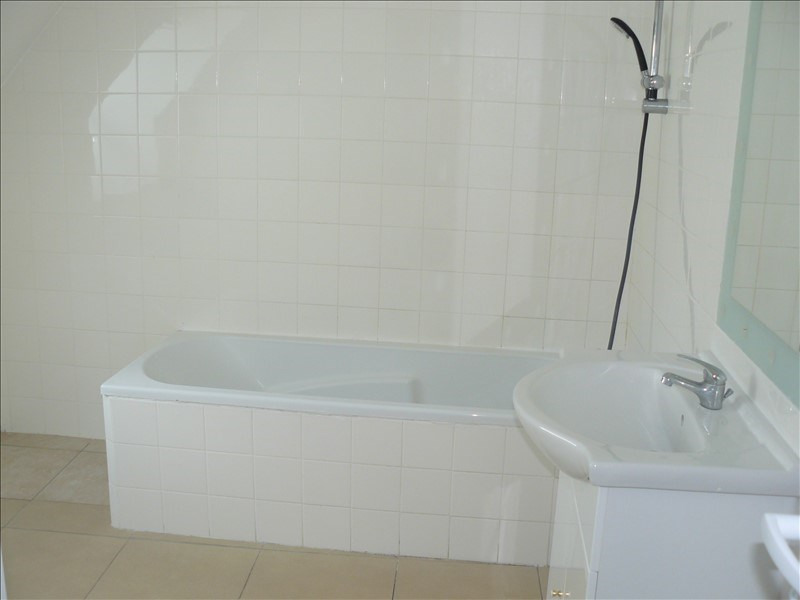 Location maison / villa Lanouee 508€ CC - Photo 7