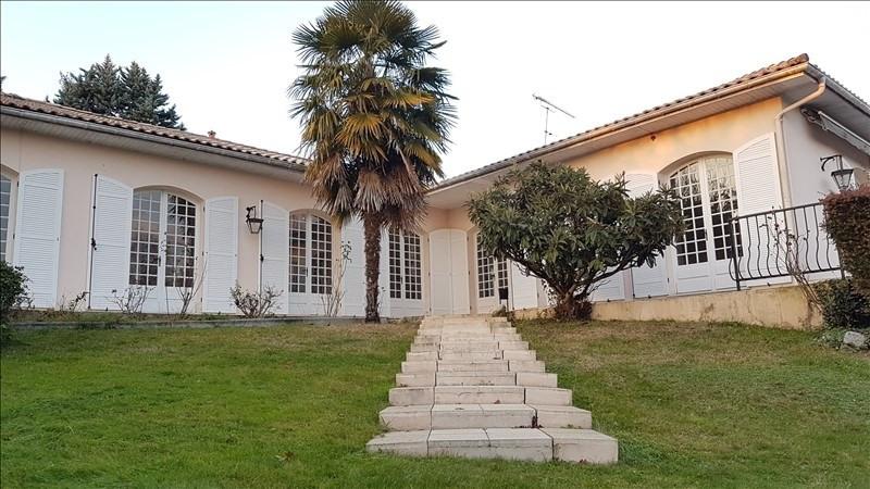 Deluxe sale house / villa Leognan 635000€ - Picture 2