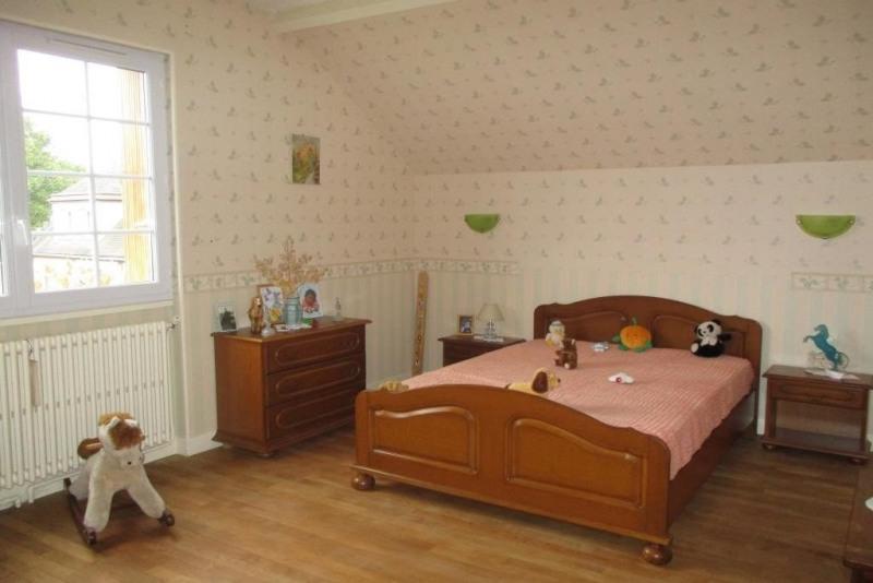 Sale house / villa Villers cotterets 334000€ - Picture 6