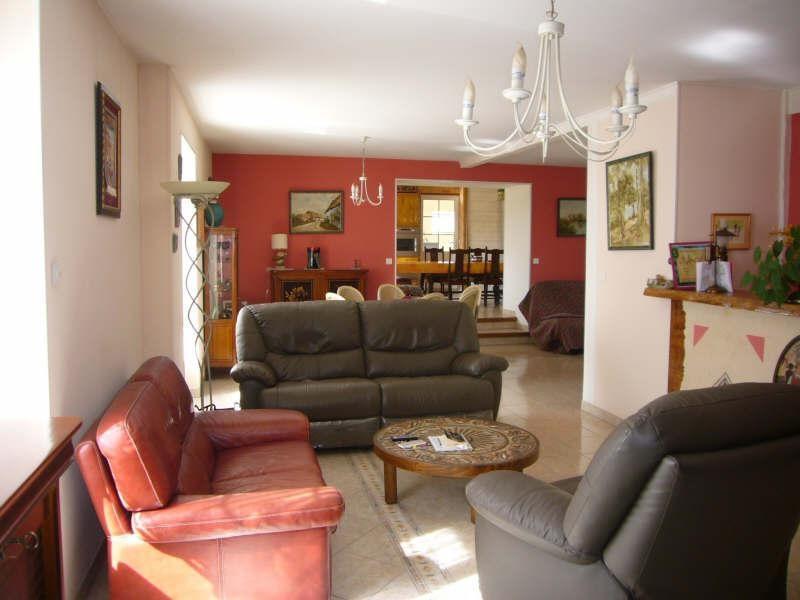Sale house / villa Augignac 254900€ - Picture 4