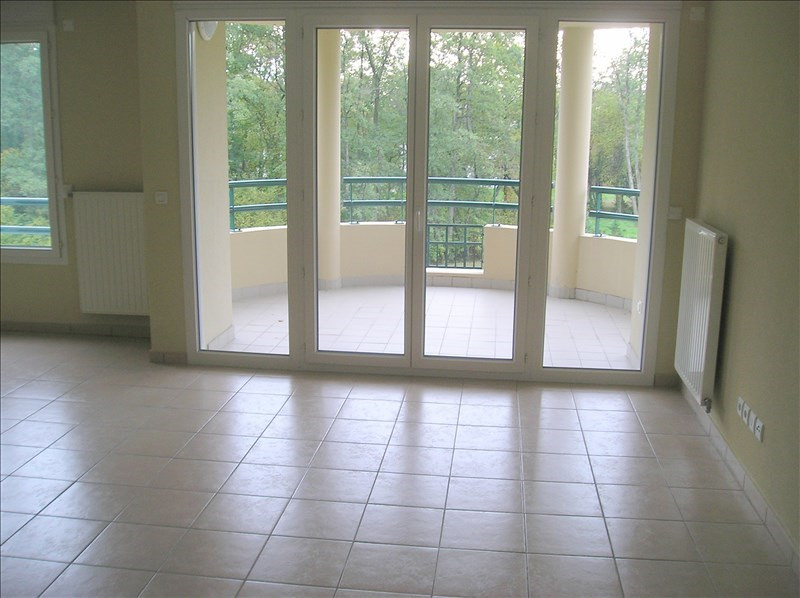 Location appartement Divonne les bains 1 200€ CC - Photo 2