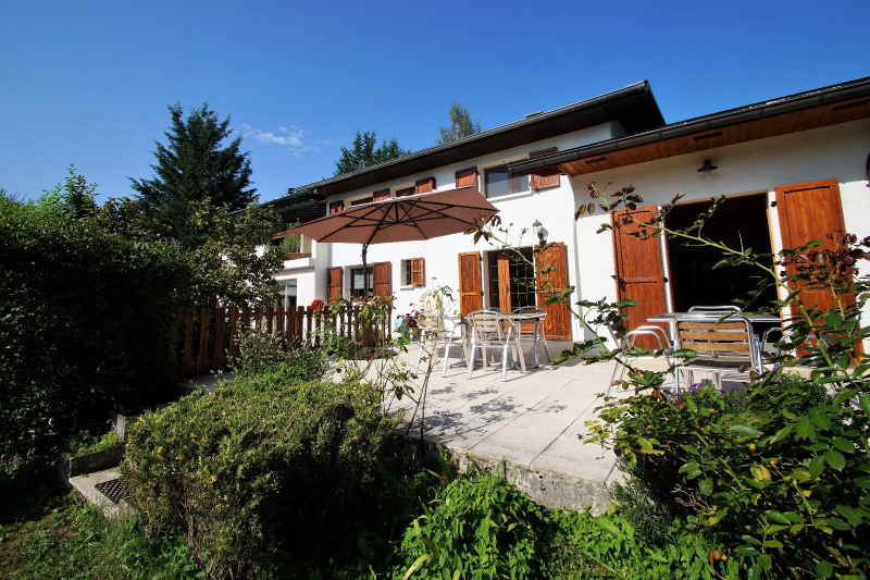 Deluxe sale house / villa St ours 850000€ - Picture 2