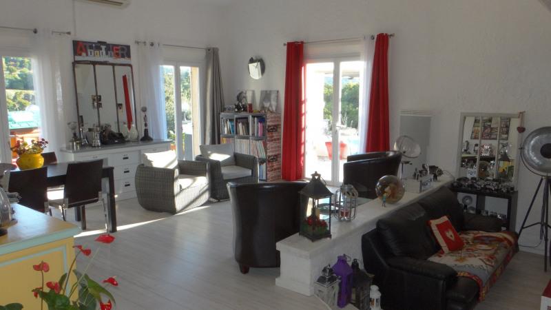 Sale house / villa Cavalaire 699000€ - Picture 3