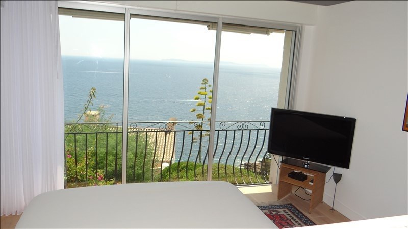 Deluxe sale apartment Cavalaire 595000€ - Picture 7