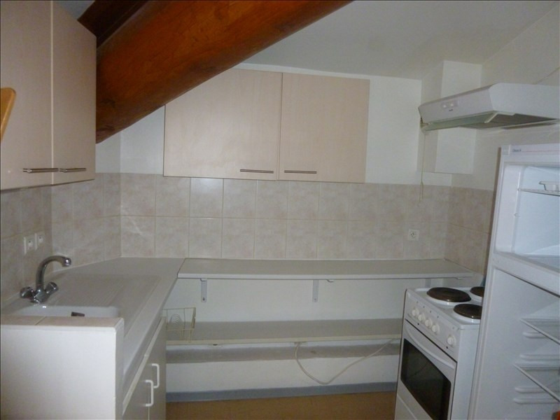 Rental apartment Manosque 350€ CC - Picture 2