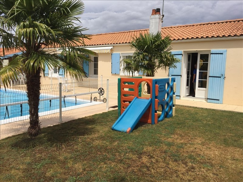 Sale house / villa Aigrefeuille d aunis 262 000€ - Picture 1
