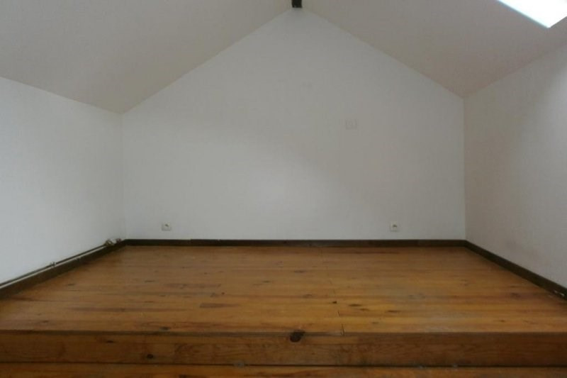 Sale building Crepy en valois 99 000€ - Picture 5