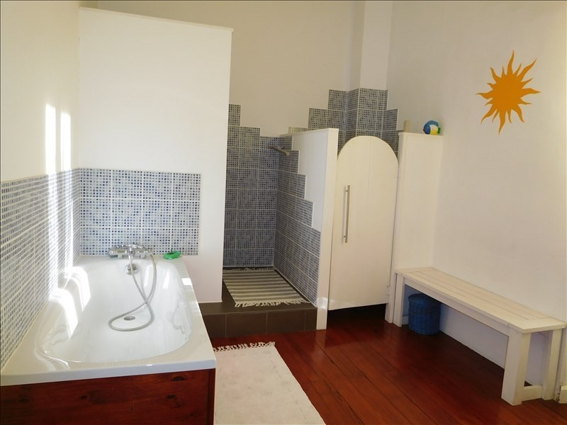 Vente maison / villa St andre de cubzac 297000€ - Photo 4