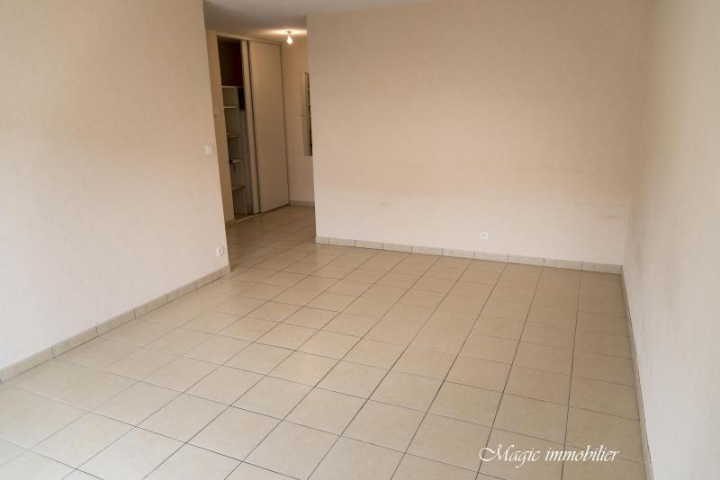 Location appartement Arbent 668€ CC - Photo 3