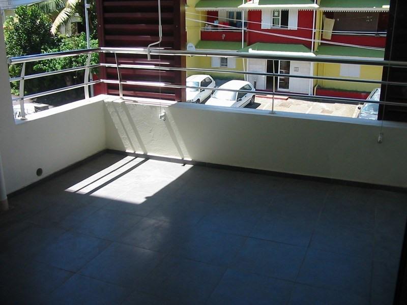 Location appartement Sainte clotilde 570€ CC - Photo 5