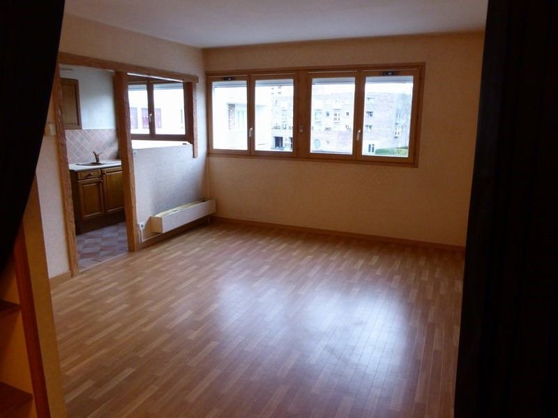 Rental apartment Elancourt 661€ CC - Picture 1