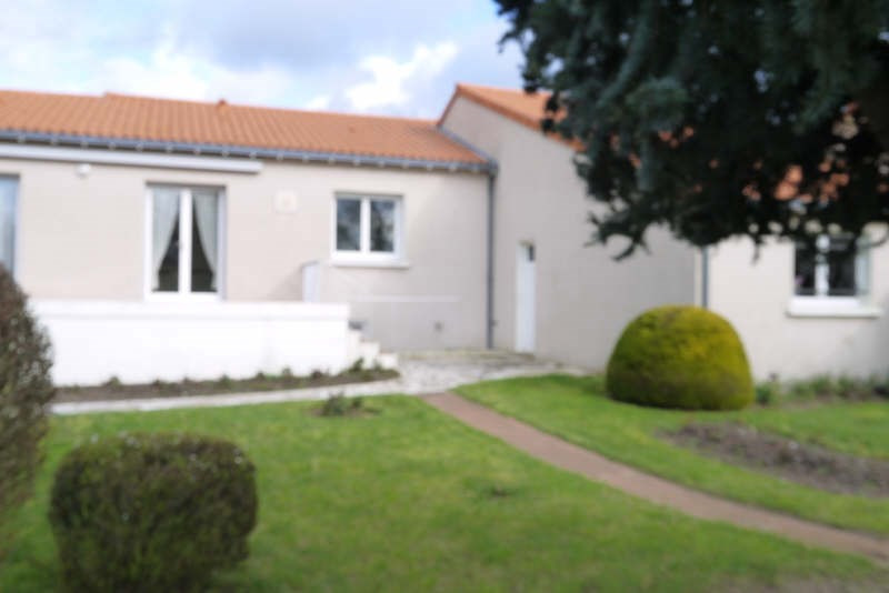 Sale house / villa Cholet 179 300€ - Picture 4
