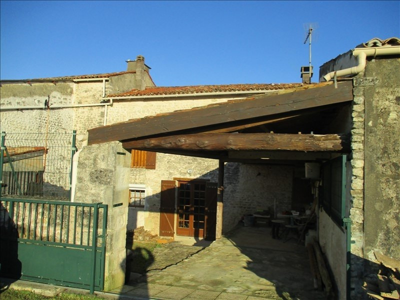 Sale house / villa St jean d angely 80 000€ - Picture 4