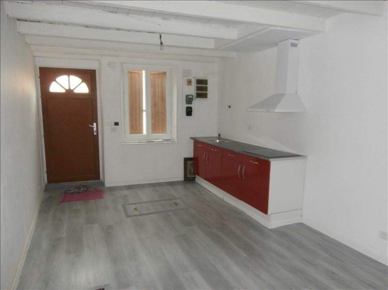 Rental house / villa Secteur de mazamet 380€ CC - Picture 1