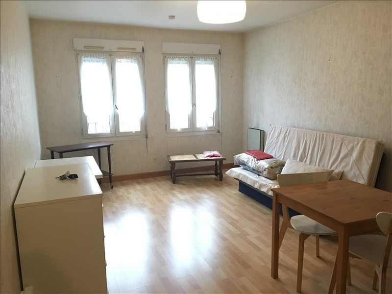 Rental apartment Vendome 350€ CC - Picture 2