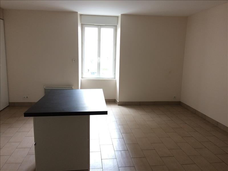 Location appartement La roche sur yon 470€ CC - Photo 3