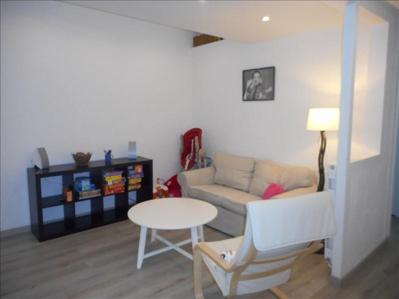 Rental apartment Voiron 551€ CC - Picture 1