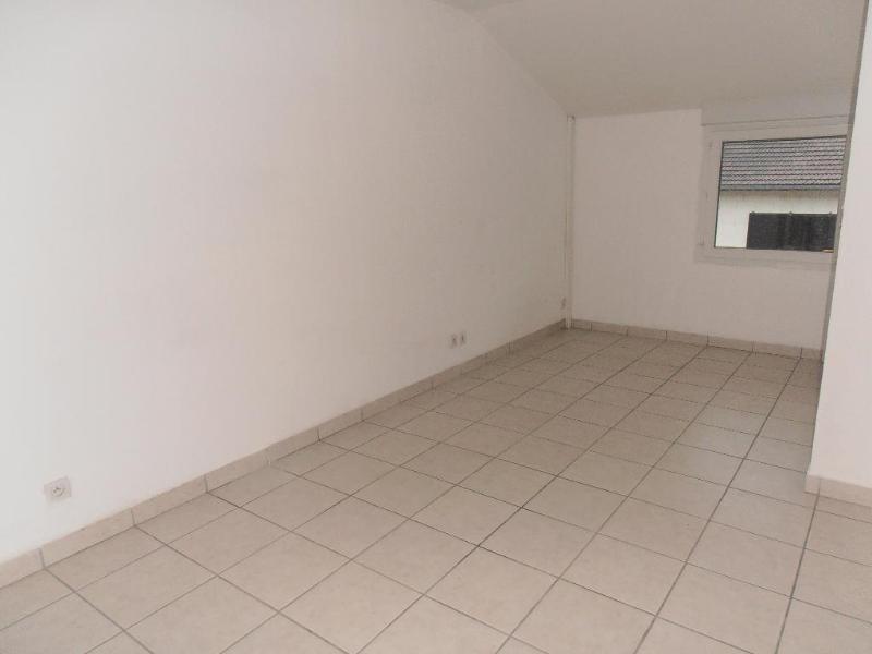 Location appartement Oyonnax 361€ CC - Photo 4