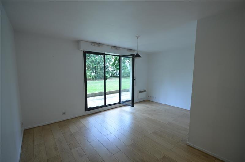 Location appartement Asnieres sur seine 795€ CC - Photo 2