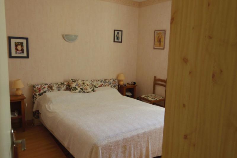 Sale apartment La rochelle 220000€ - Picture 6