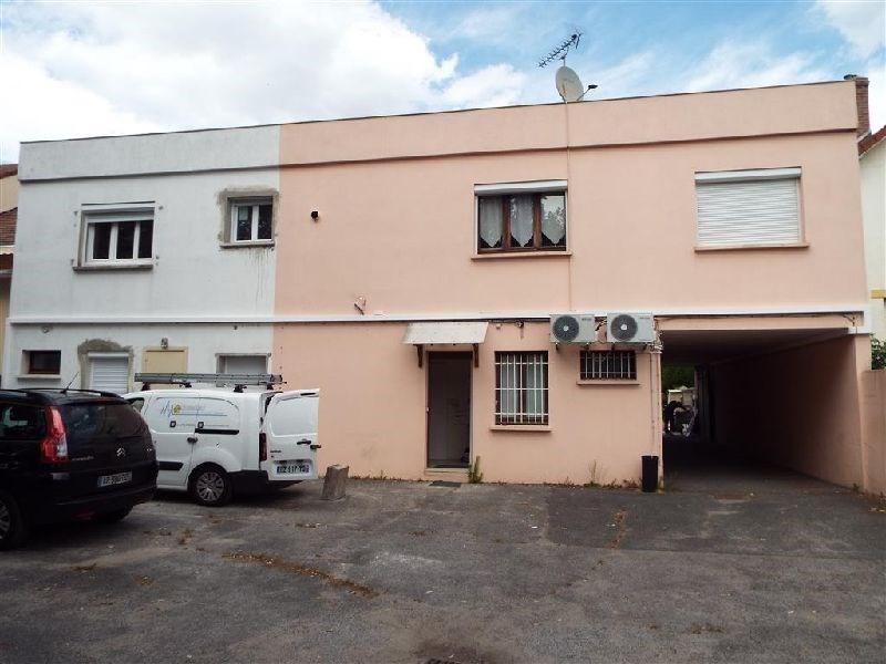 Locação apartamento Ste genevieve des bois 850€ CC - Fotografia 1
