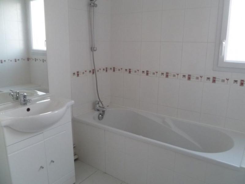 Rental apartment Saint nazaire 383€ CC - Picture 4