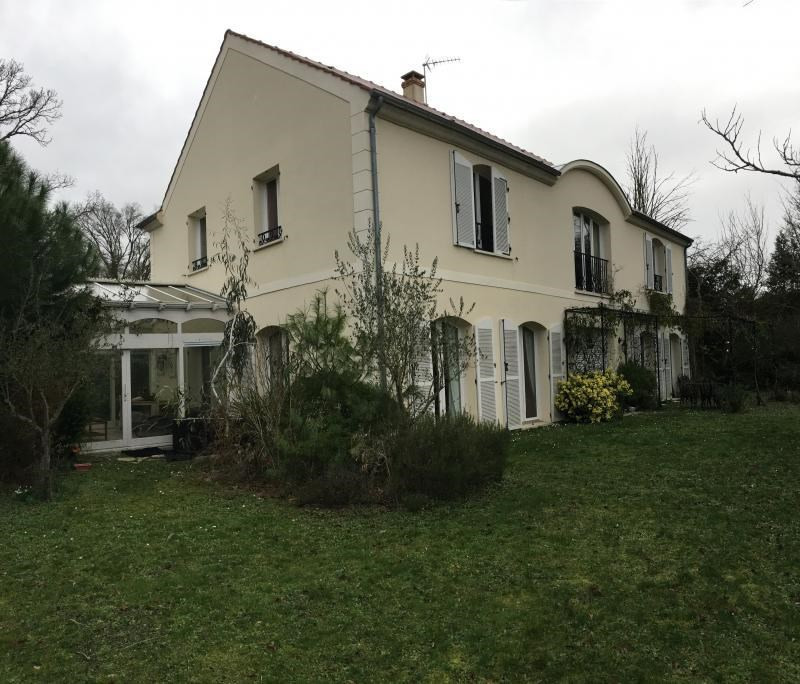 Location maison / villa St germain en laye 4 500€ CC - Photo 1
