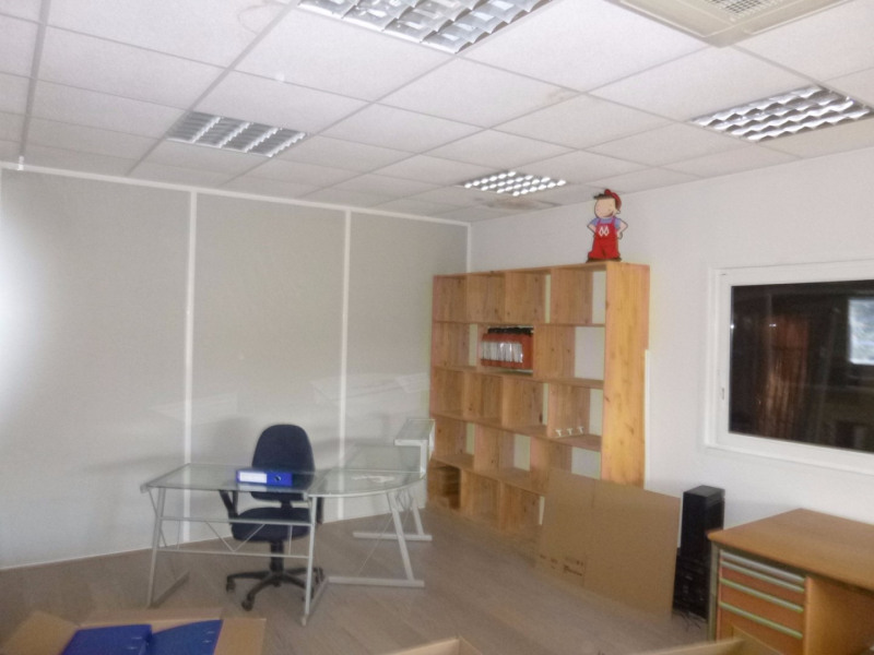 Location local commercial Morieres les avignon 4 000€ HC - Photo 10