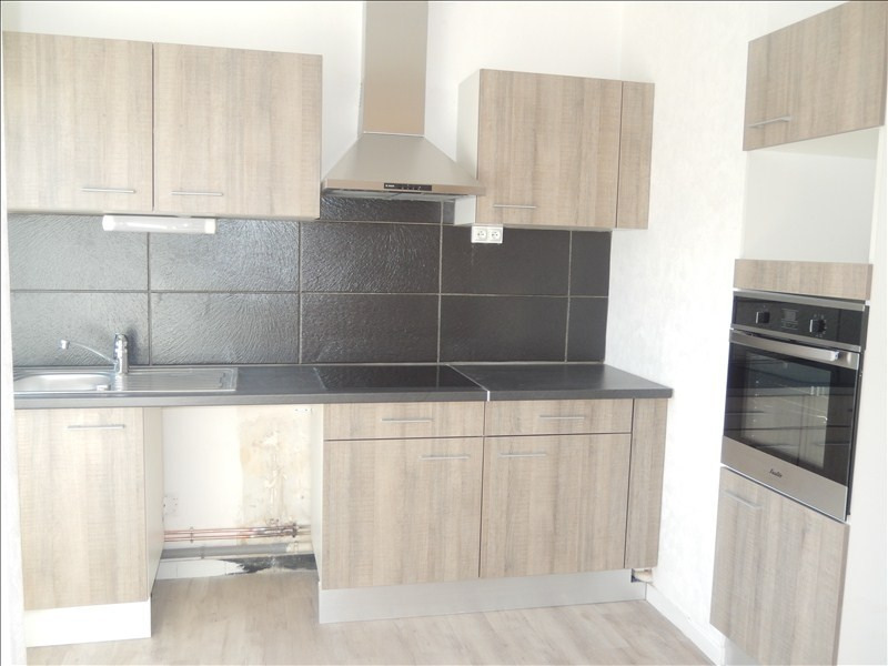 Rental apartment Le puy en velay 528,79€ CC - Picture 6