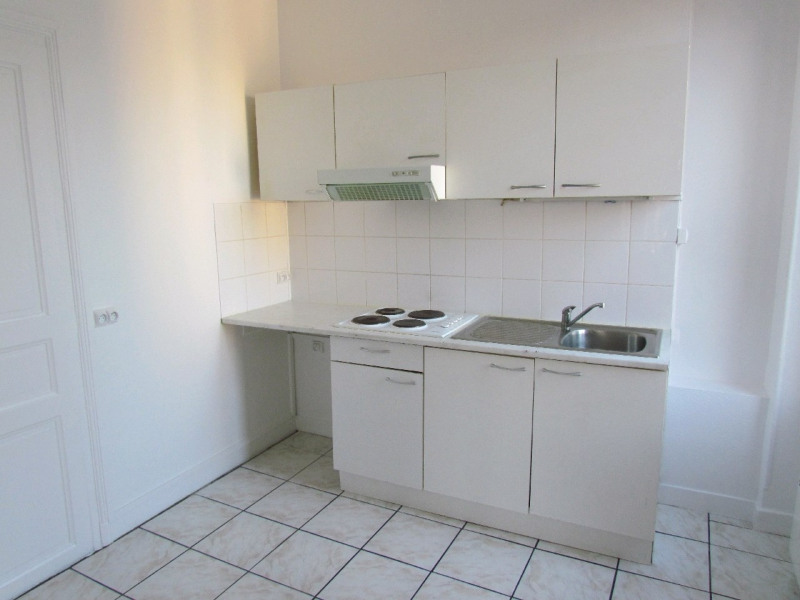 Rental apartment Champigny sur marne 899€ CC - Picture 2