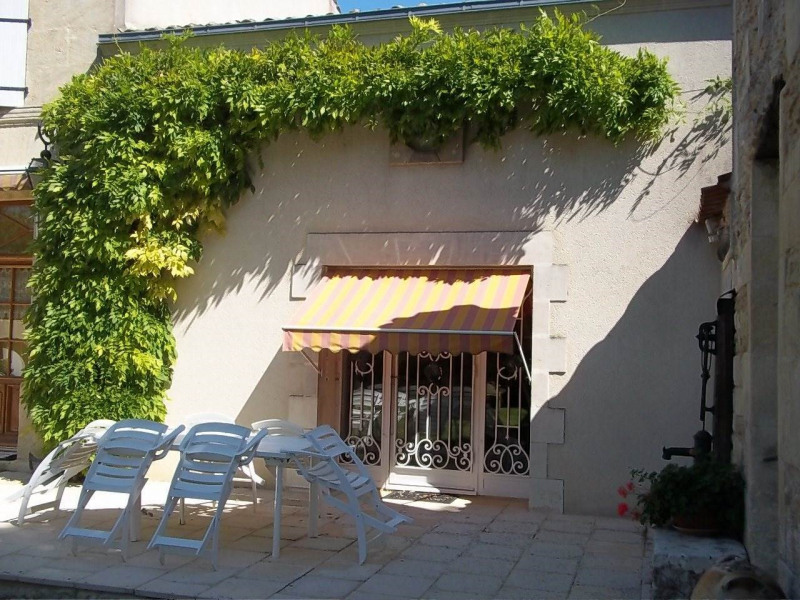 Vente maison / villa Cherves-richemont 297000€ - Photo 6