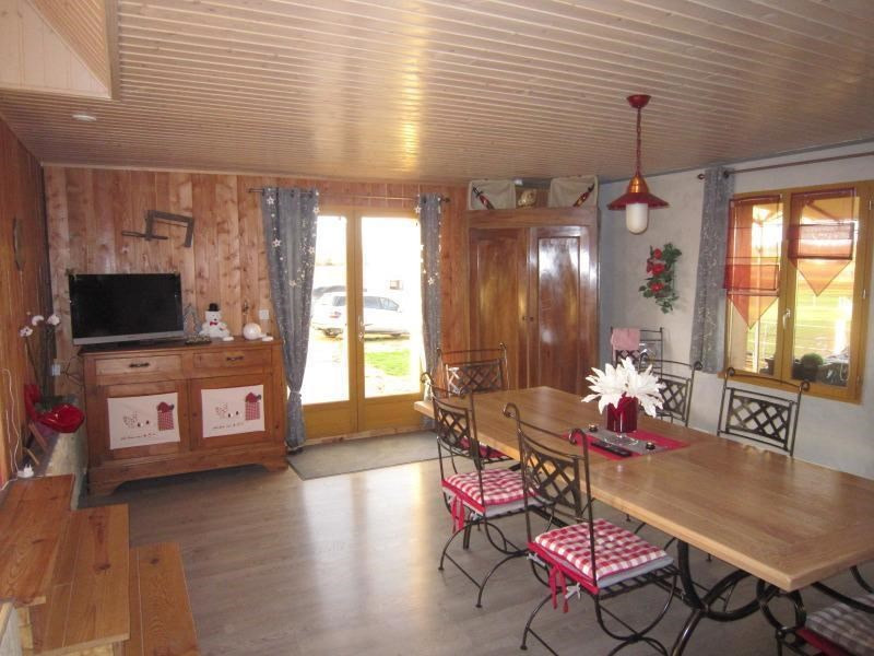 Vente maison / villa Meyrals 379000€ - Photo 4
