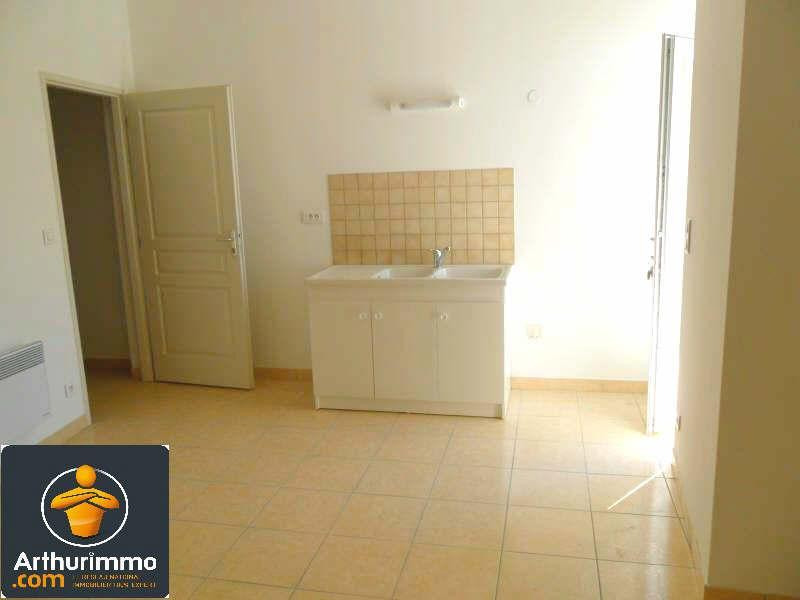 Sale building St jean d angely 253200€ - Picture 1