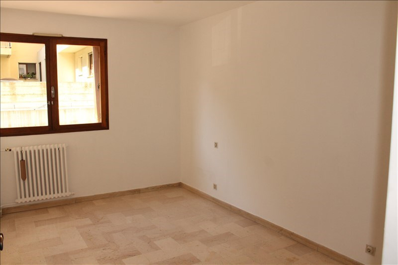 Sale apartment Toulon 150 000€ - Picture 3