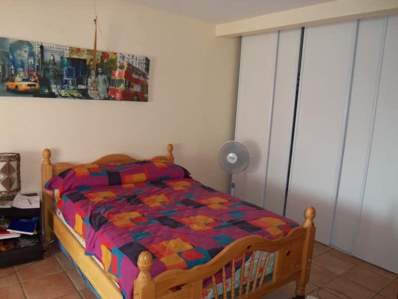 Rental apartment St francois 650€ CC - Picture 9