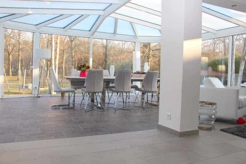 Deluxe sale house / villa Lamorlaye 689000€ - Picture 2